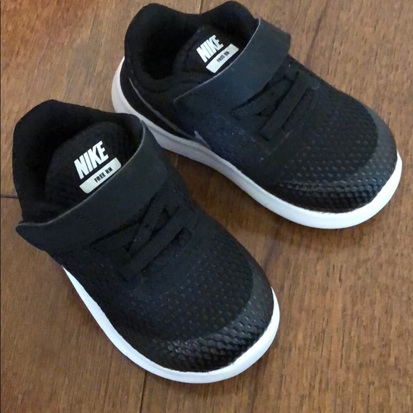newest 4db7a 6af10 Nike Free Run Toddler shoes NWT